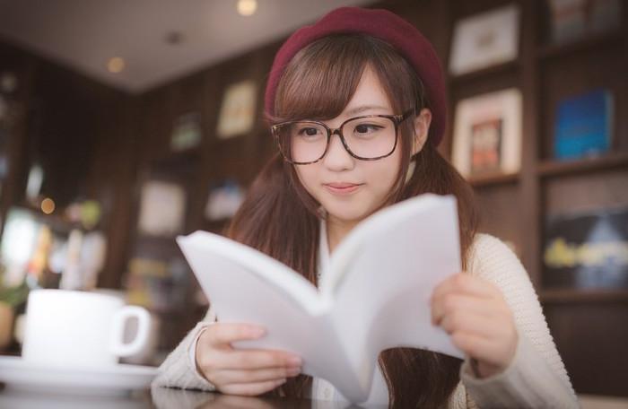 【メガネ女子がモテる理由5選】メガネで萌えギャップを演出できる