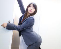 【男ウケする職場での女性の服装7選】男をドキッとさす服装とは